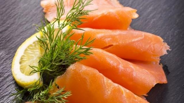 saumon fumé tranché